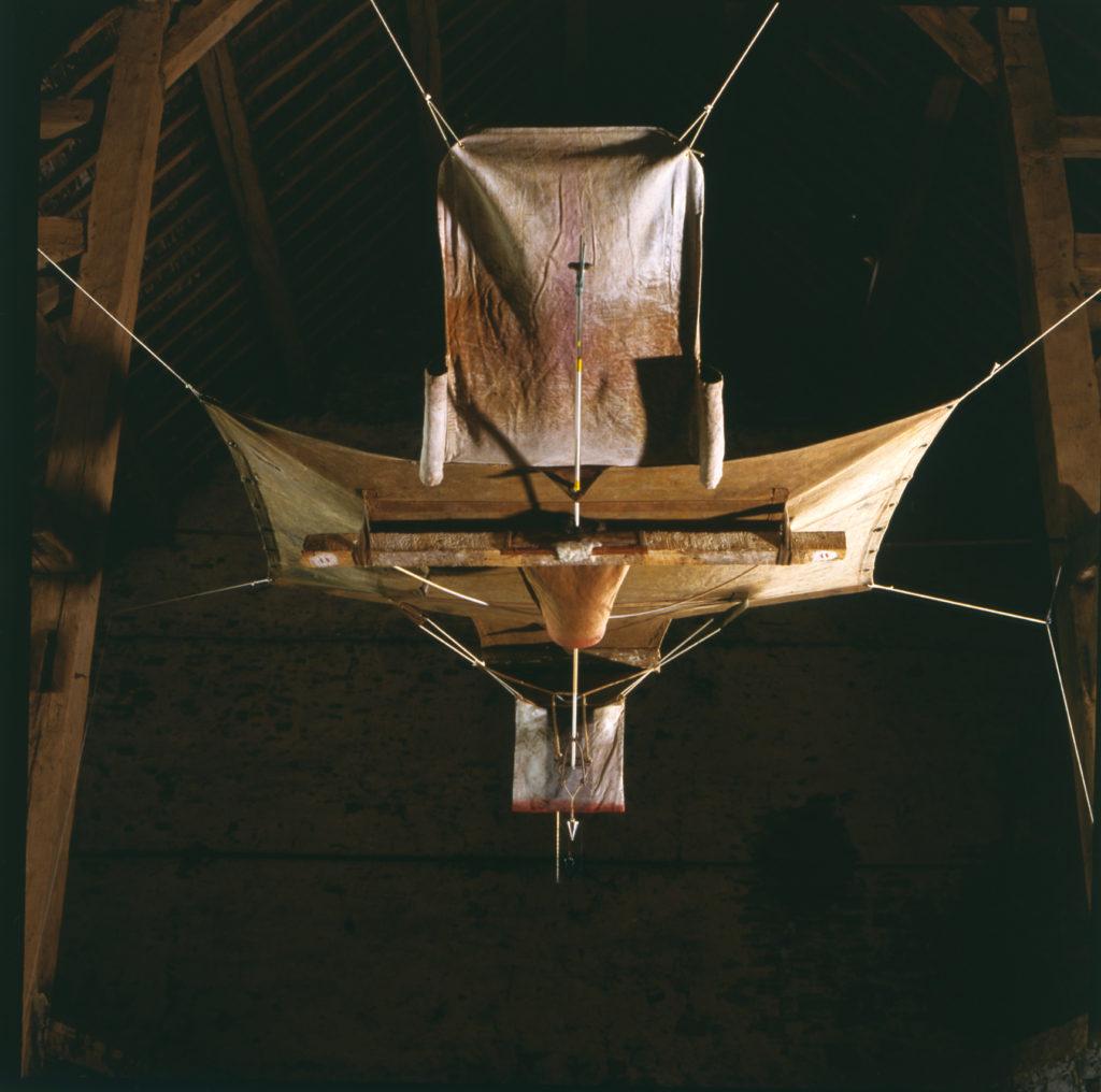 Pierre Courtois · Traces et tracés, Grand Vol · Montage, technique mixte, Sorinne-la-Longue (B) ·1989