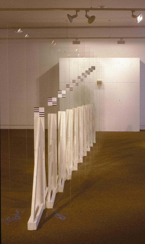 Pierre Courtois - Lignes d'horizon - installation, Cote 163 Maison de la Culture, Namur (B) 1999 - détail