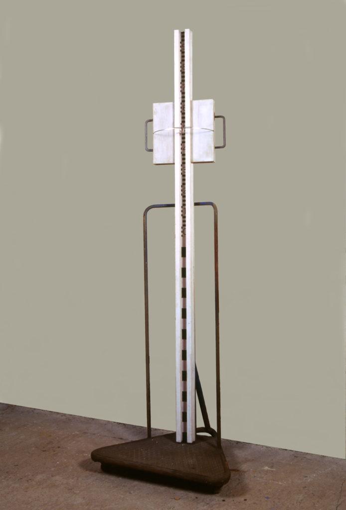 Pierre Courtois - Lignes d'horizon - Toise pour calcul de la ligne d'horizon, Cote 163 Maison de la Culture, Namur (B) 1999